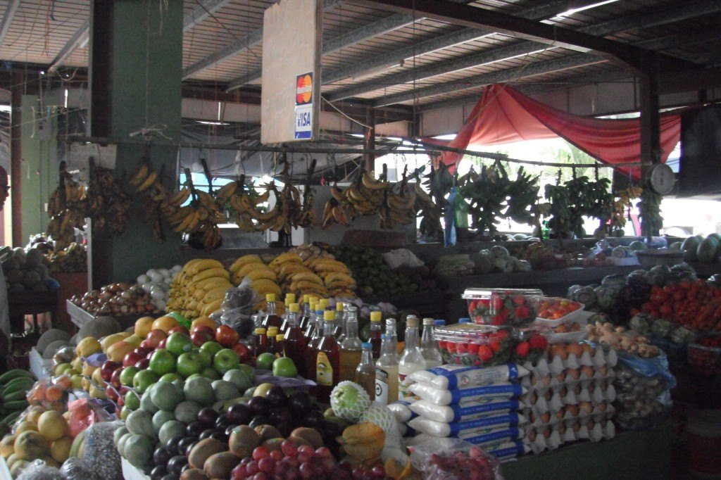 Fruit Market In San Ignacio. Things To Do In Belize