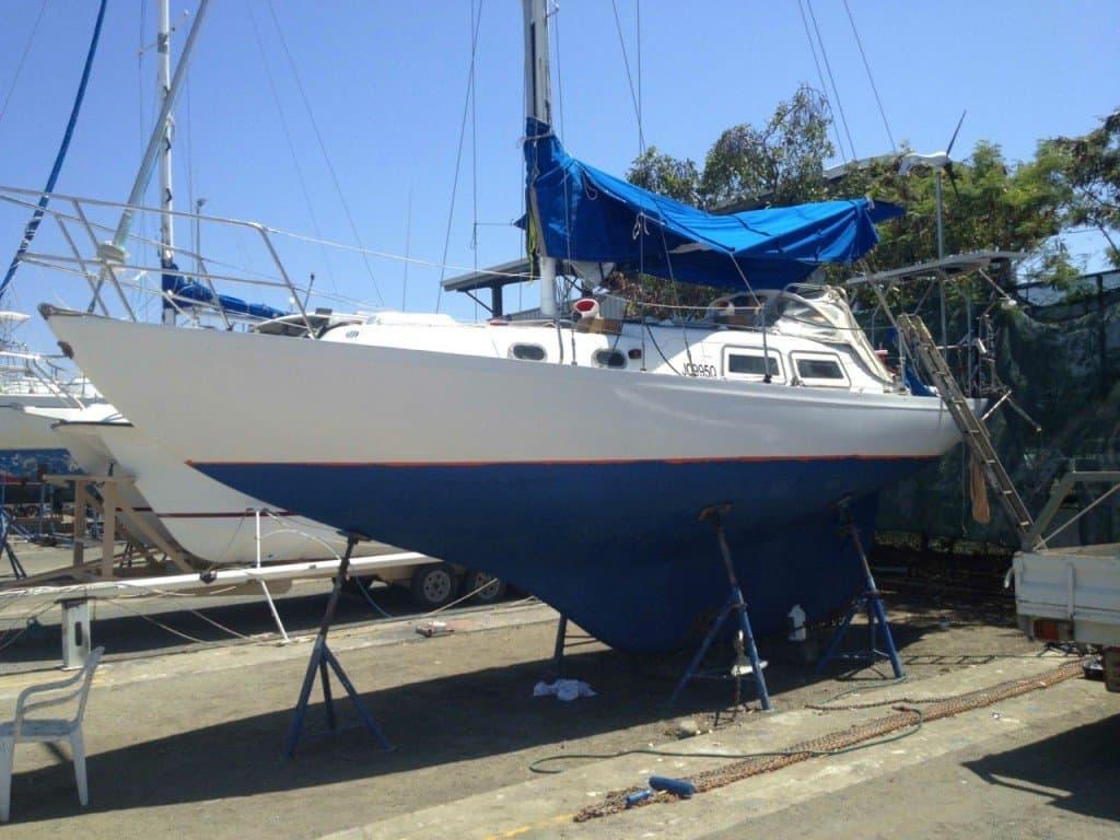 Troy's Yacht, Mirrool. Sailing
