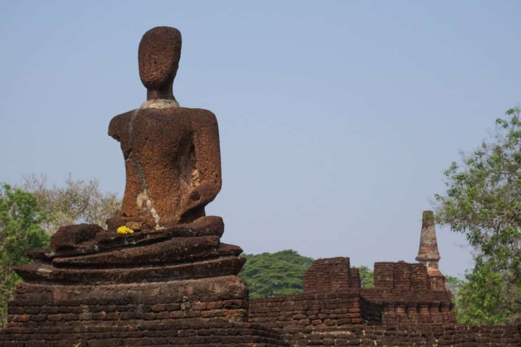 Buddha Statue-3 Things To Do In Kamphaeng Phet