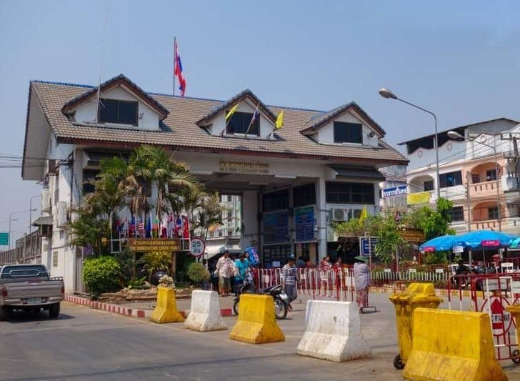 Thailand/Myanmar (Burma) Border Crossing – Mae Sot To Myawaddy