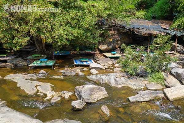 Doi Intanon Creek Stalls Mae Hong Son Loop.