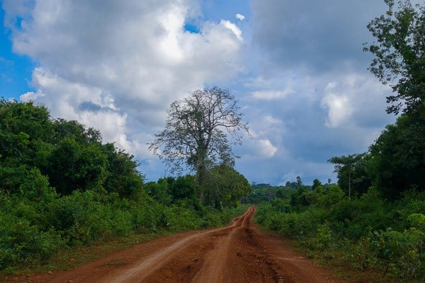 Dirt Road Photos Make You Travel To Vietnam