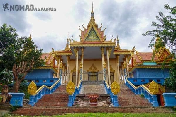 Wat Samraong Knong New Temple Battambang