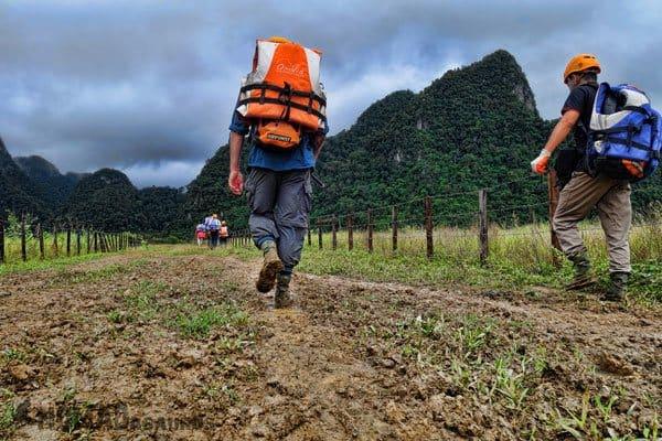 Jazza Hiking Tu Lan Caves Oxalis Expedition