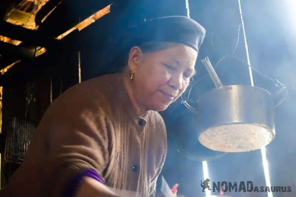Hmong Lady Ba Be National Park Lake Mr Linh's Homestay Trekking