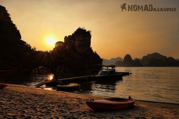 Castaway Sunset Halong Bay Vietnam Image Wonder Of The World