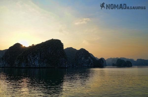 Sunset Island Halong Bay Vietnam Image Wonder Of The World
