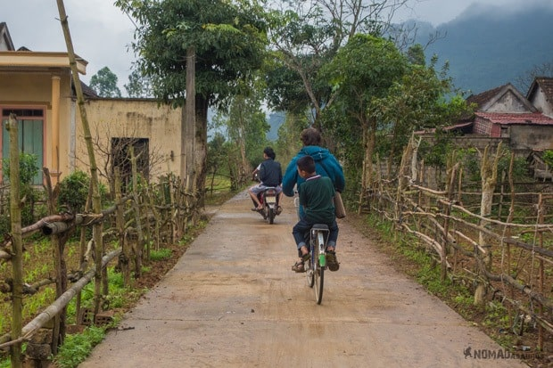 Bicycle Life In Phong Nha Vietnam Images Pictures Photo Gallery