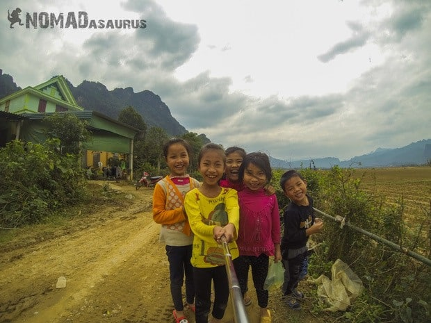 Smiling Kids Life In Phong Nha Vietnam Images Pictures Photo Gallery