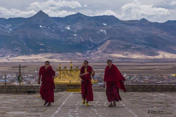 Monks Litang Tibet Overland Route Shangri La To Chengdu Kham Province Travel