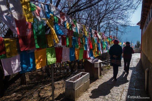Walking Prayer Flags Tibet Overland Route Shangri La To Chengdu Kham Province Travel