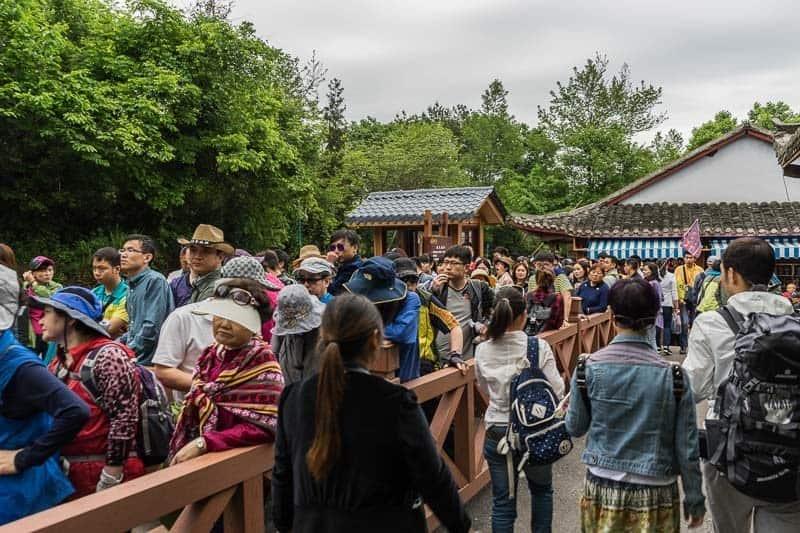 Crowds Zhangjiajie National Forest Park Avatar Mountains China