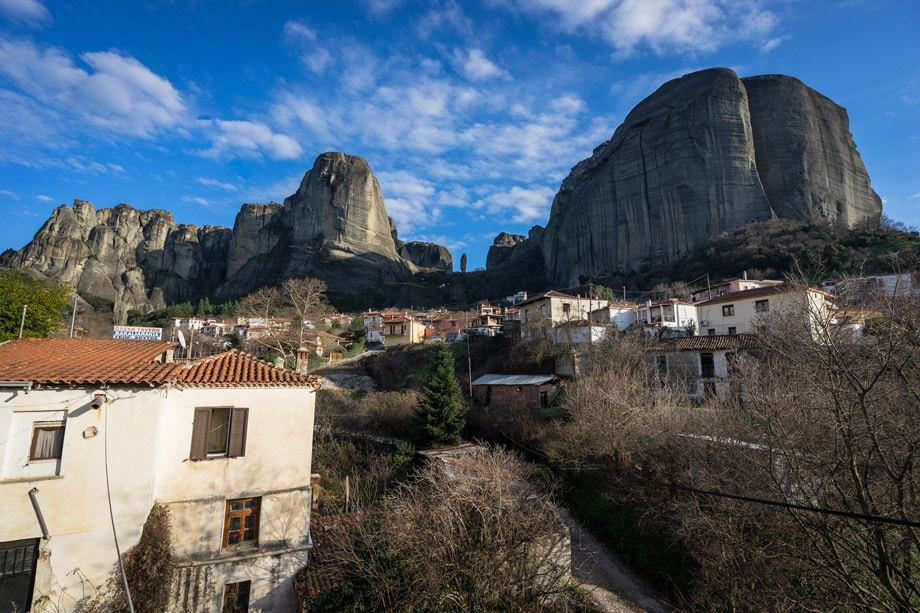 Kastraki Village Hiking Tour Of Meteora Monasteries