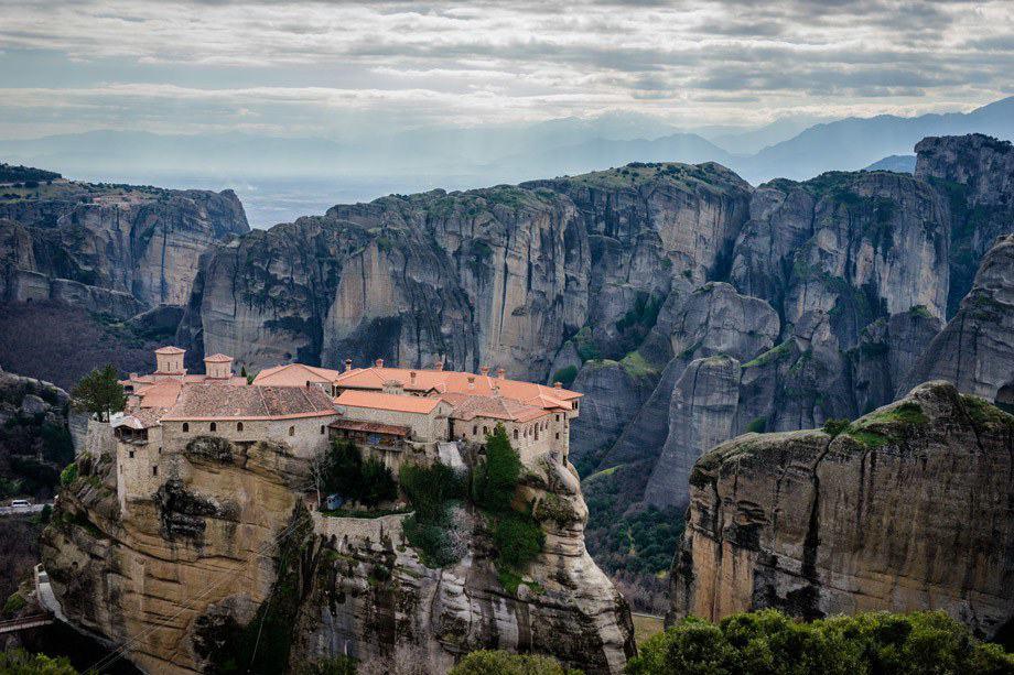 Hiking Tour Of Meteora Monasteries