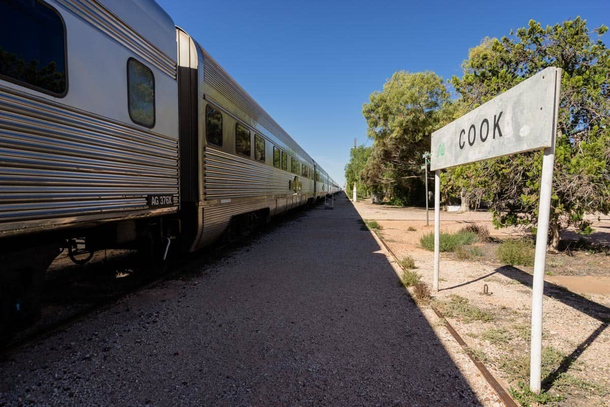 Cook Sign Indian Pacific Rail Journey #Journeybeyond