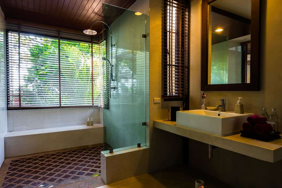 Bathroom Crown Lanta Resort And Spa Best Luxury Hotel In Koh Lanta
