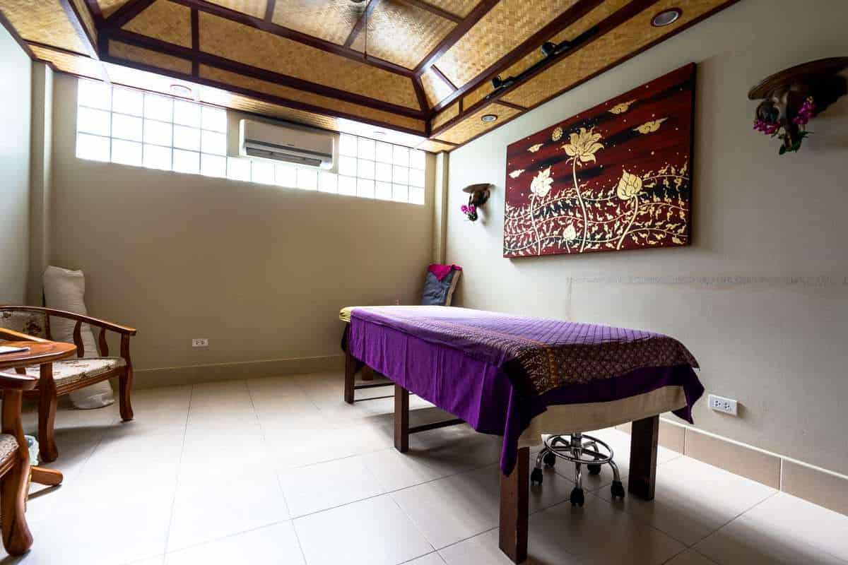 Massage Room Atmanjai Wellness Spa Detox In Thailand