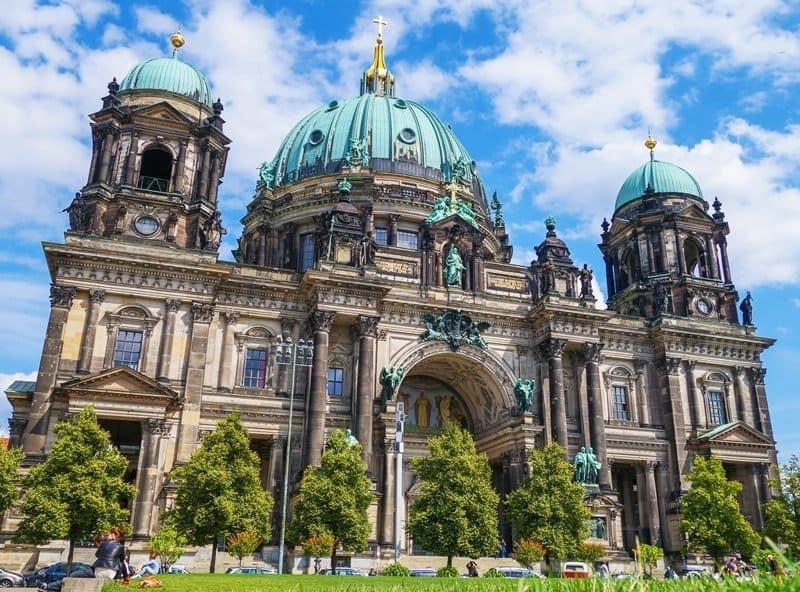 Berlin World Nomads Travel Writing Scholarship