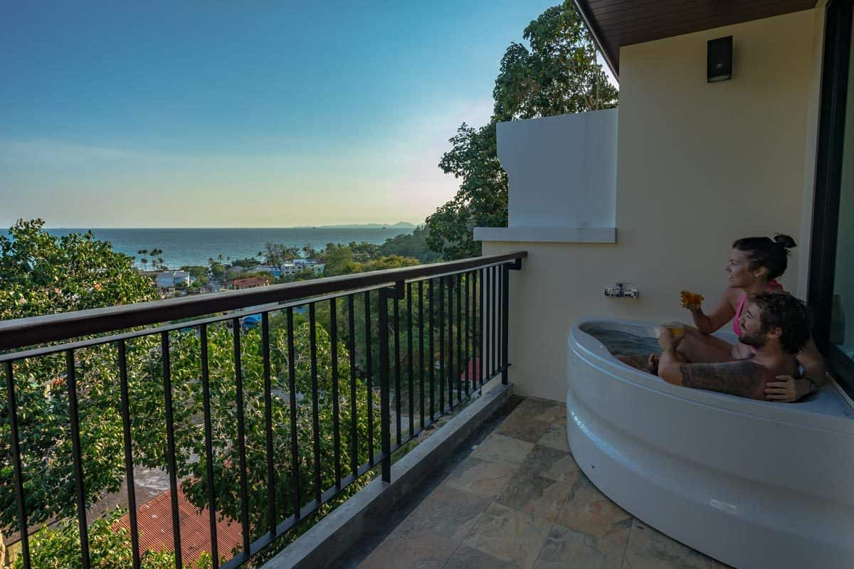 Bath Panorama Suite Ao Nang Cliff Beach Resort Review