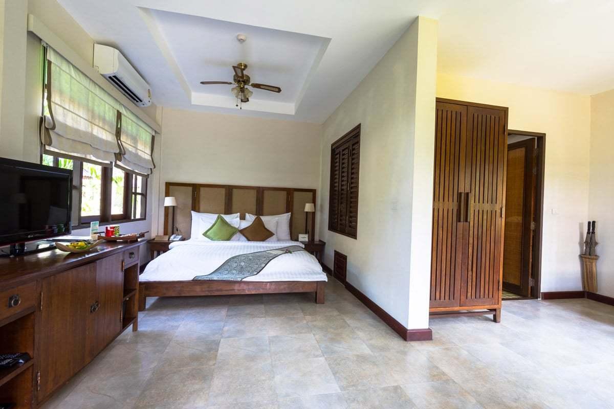 Deluxe Sea Breeze Villa Peace Resort Samui Hotel Review