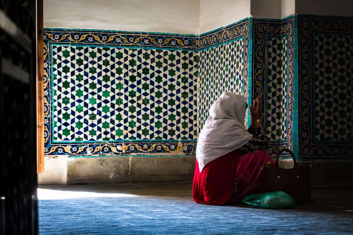 Bukhara Lady Praying Uzbekistan Photography