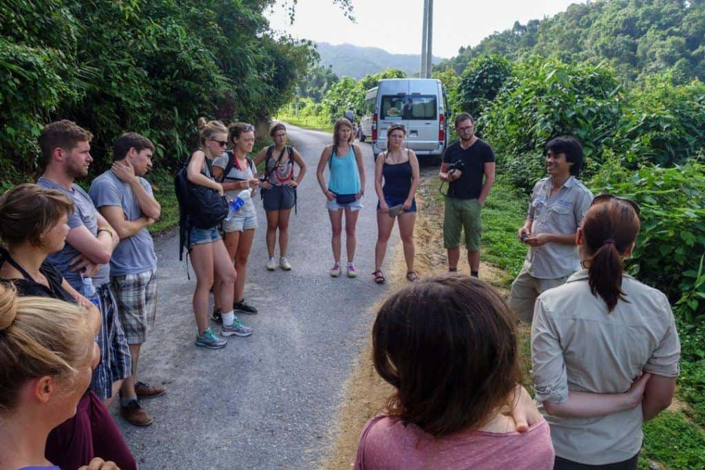 Tour Guide Make Money Travelling