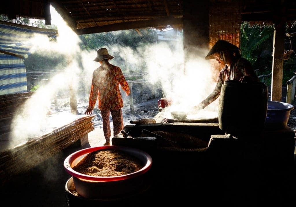 Steaming Grain Best Compact Travel Camera