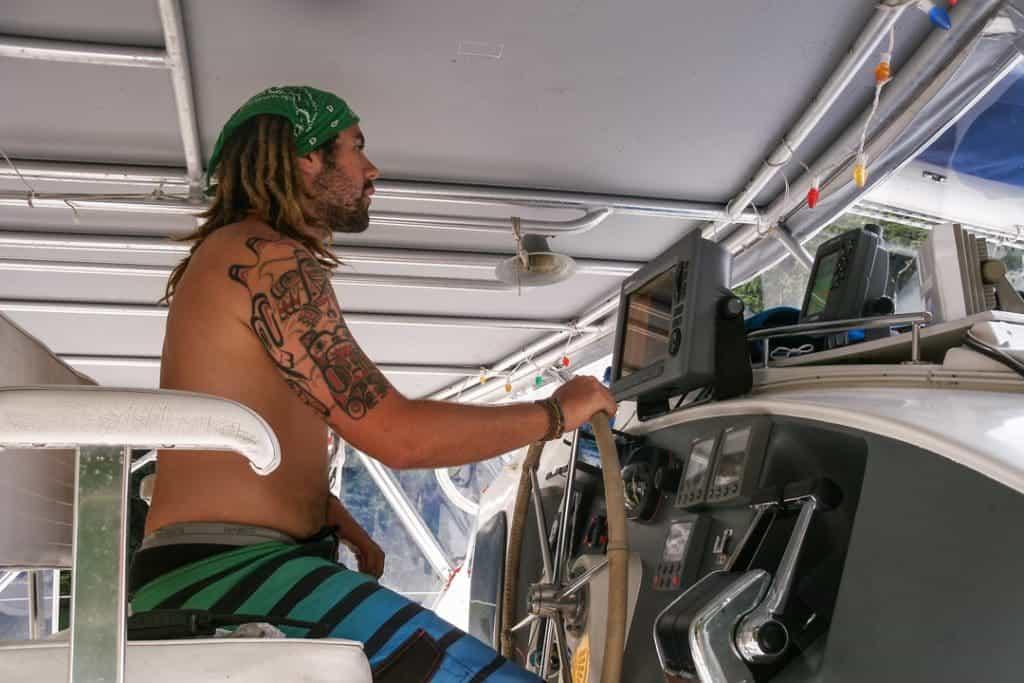 Super Yacht Make Money Travelling