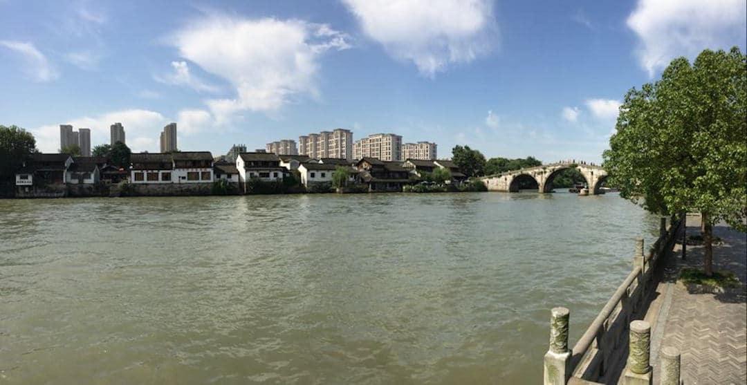 The Grand Canal And Gongchen Bridge - Things Do To In Hangzhou