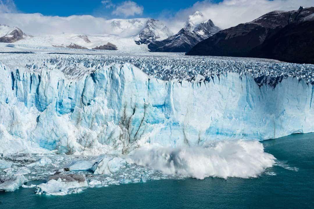 Waves Perito Moreno Glacier El Calafate