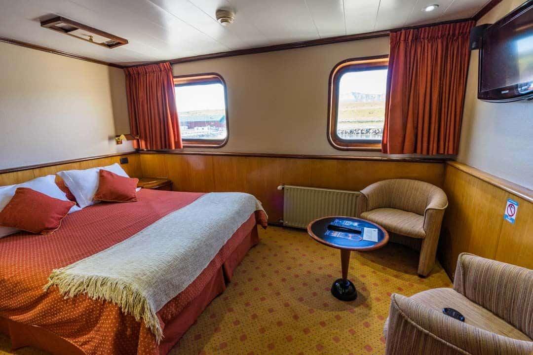 Bedroom Skorpios Iii Kaweskar Route
