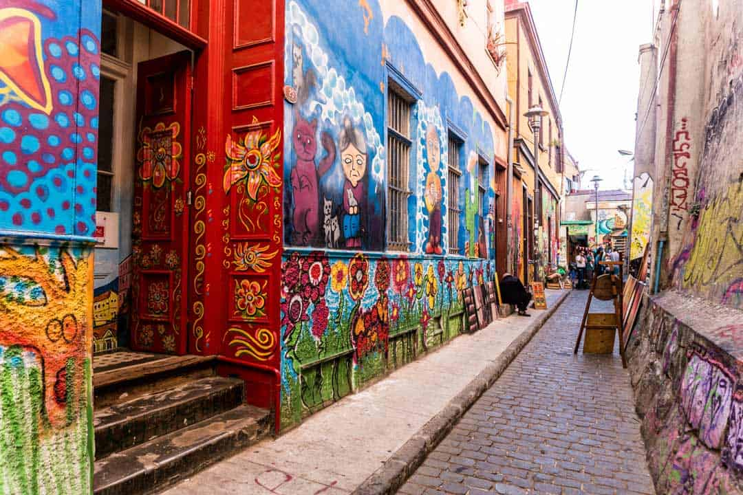 Street Art Leading Lines Golden Hour Travel Photography Tips