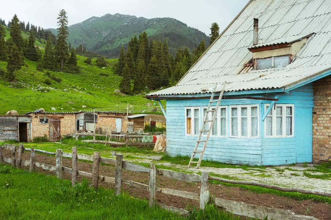 Blue House Jyrgalan Village Kyrgyzstan