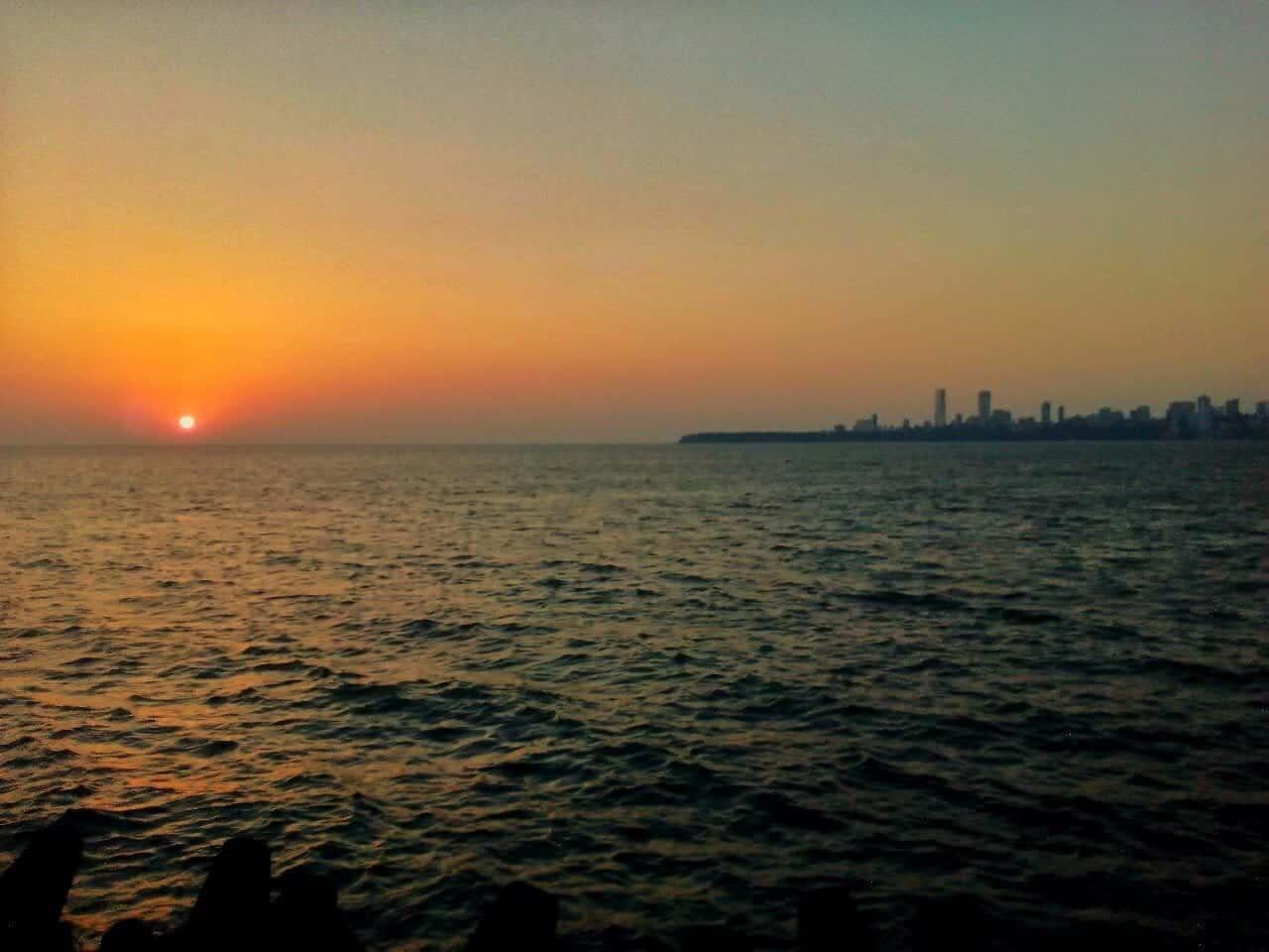 Sunset from Marine Drive - Mumbai, Maharashtra