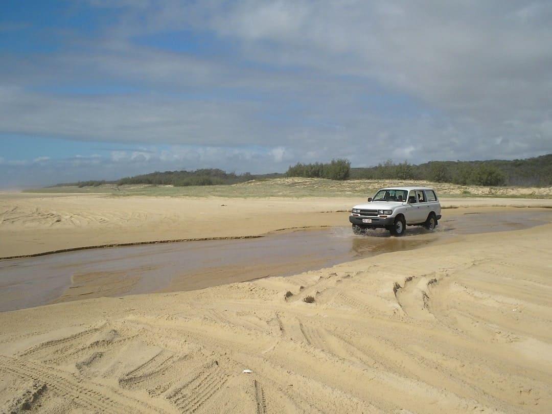 4x4 Fraser Island Adventure Activities In Australia