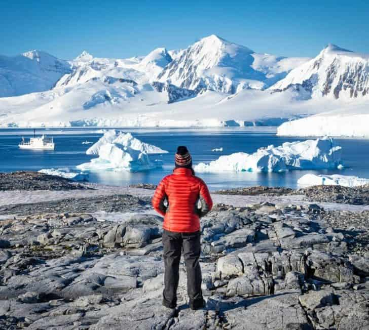 How to Travel to Antarctica Responsibly (Must Read)