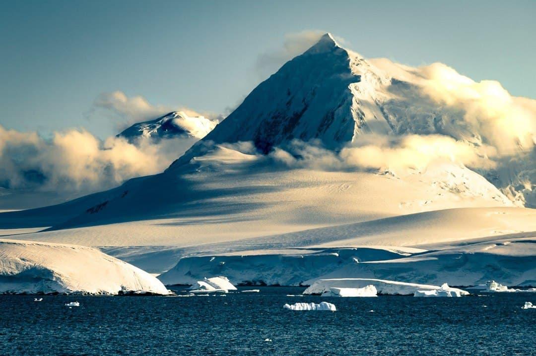 Antarctica Photos Mountains