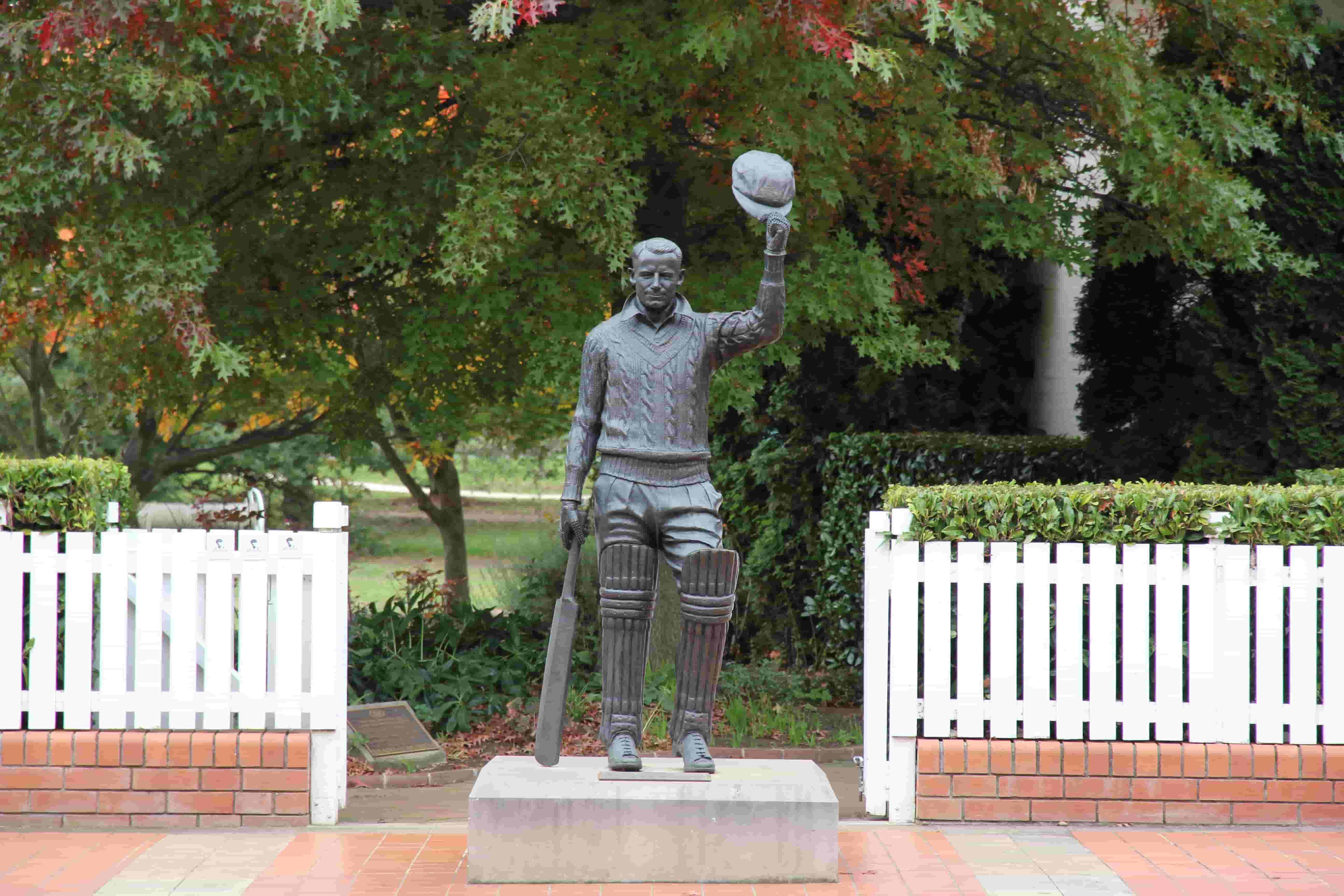 Statue Of Don Bradman