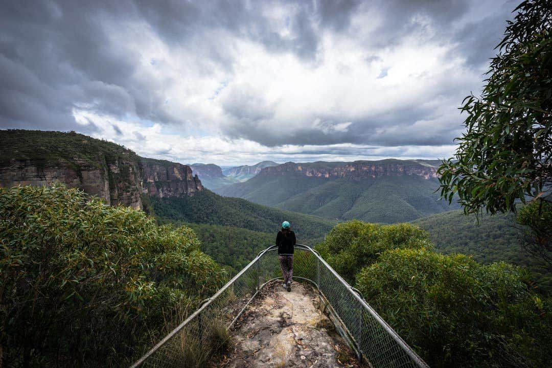 Admiring The Views Is Definitely One O The Best Things To Do In The Blue Mountains