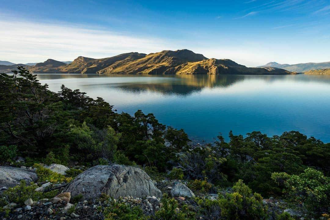Los Cuernos Lake Torres Del Paine