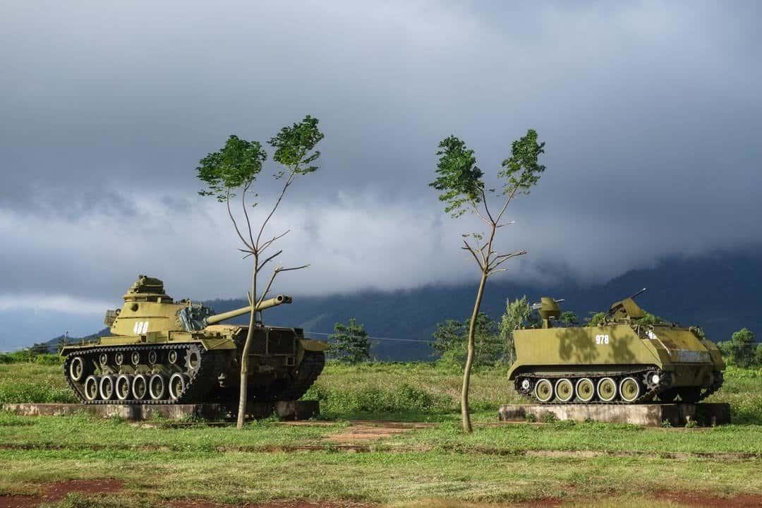 Khe Sanh - War Tanks