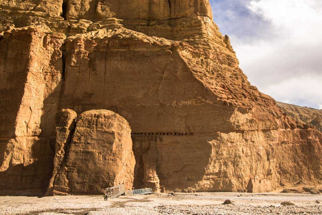 Sky Caves Mustang