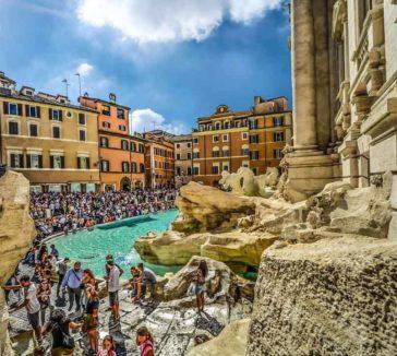Overtourism Rome Trevi Pixabay