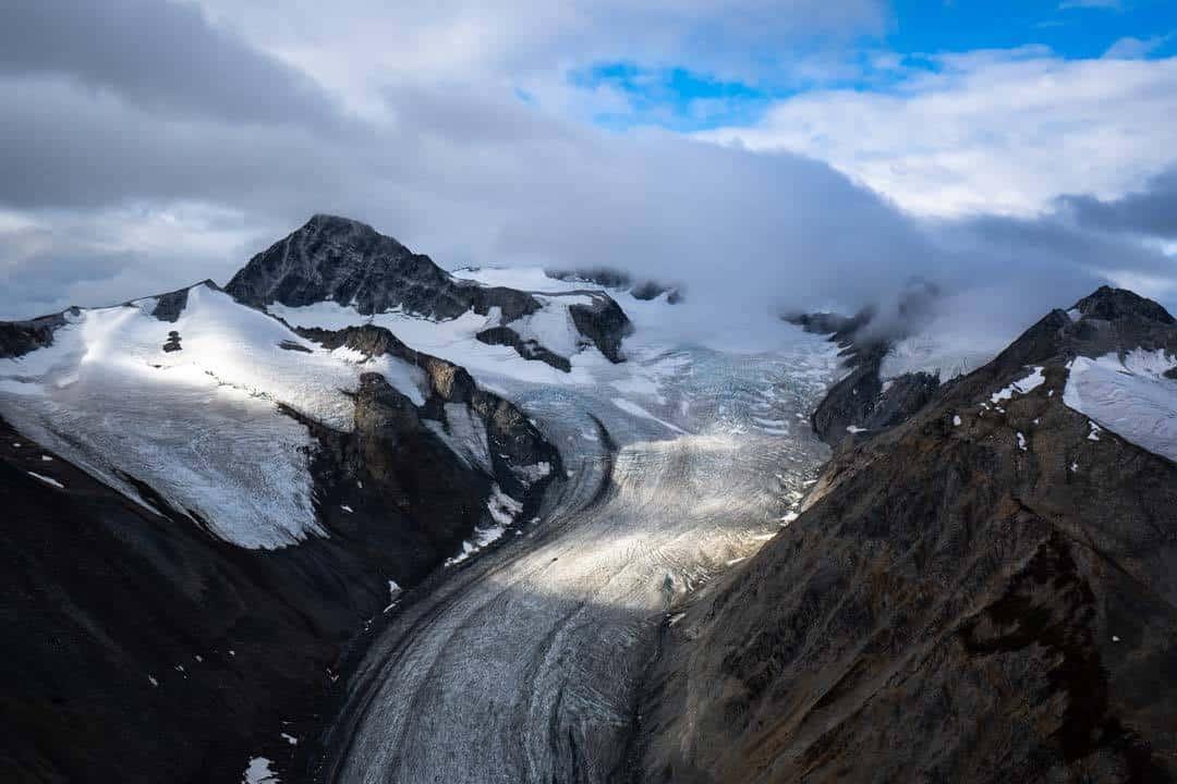 Valley Glacier Kluane Sightseeing