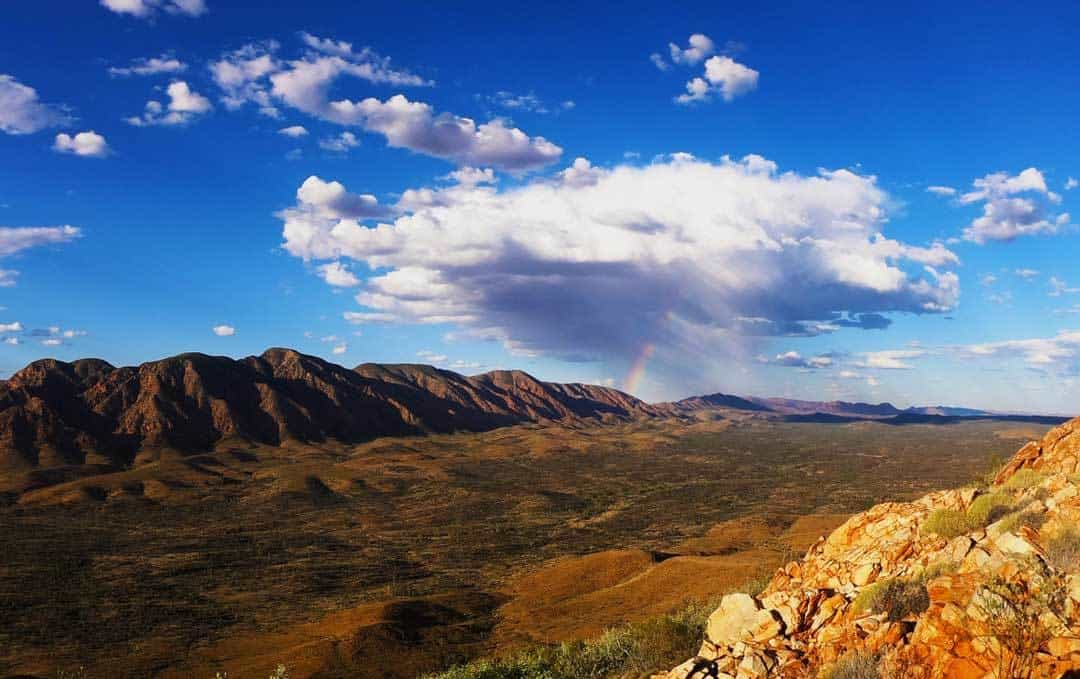 Ultimate Guide To Hiking The Larapinta Trail