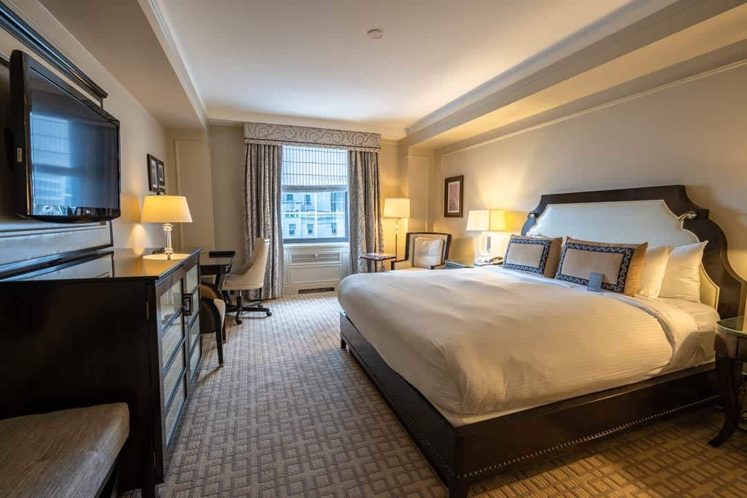 Accommodation Rocky Mountaineer Review Packages