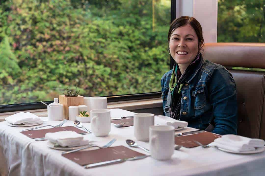 Dining Cart Goldleaf Service Rocky Mountaineer Train Review