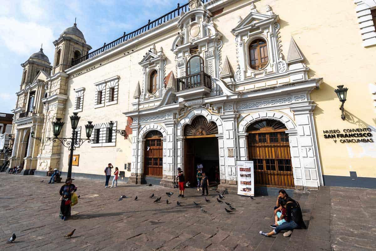 Bus Tour Lima