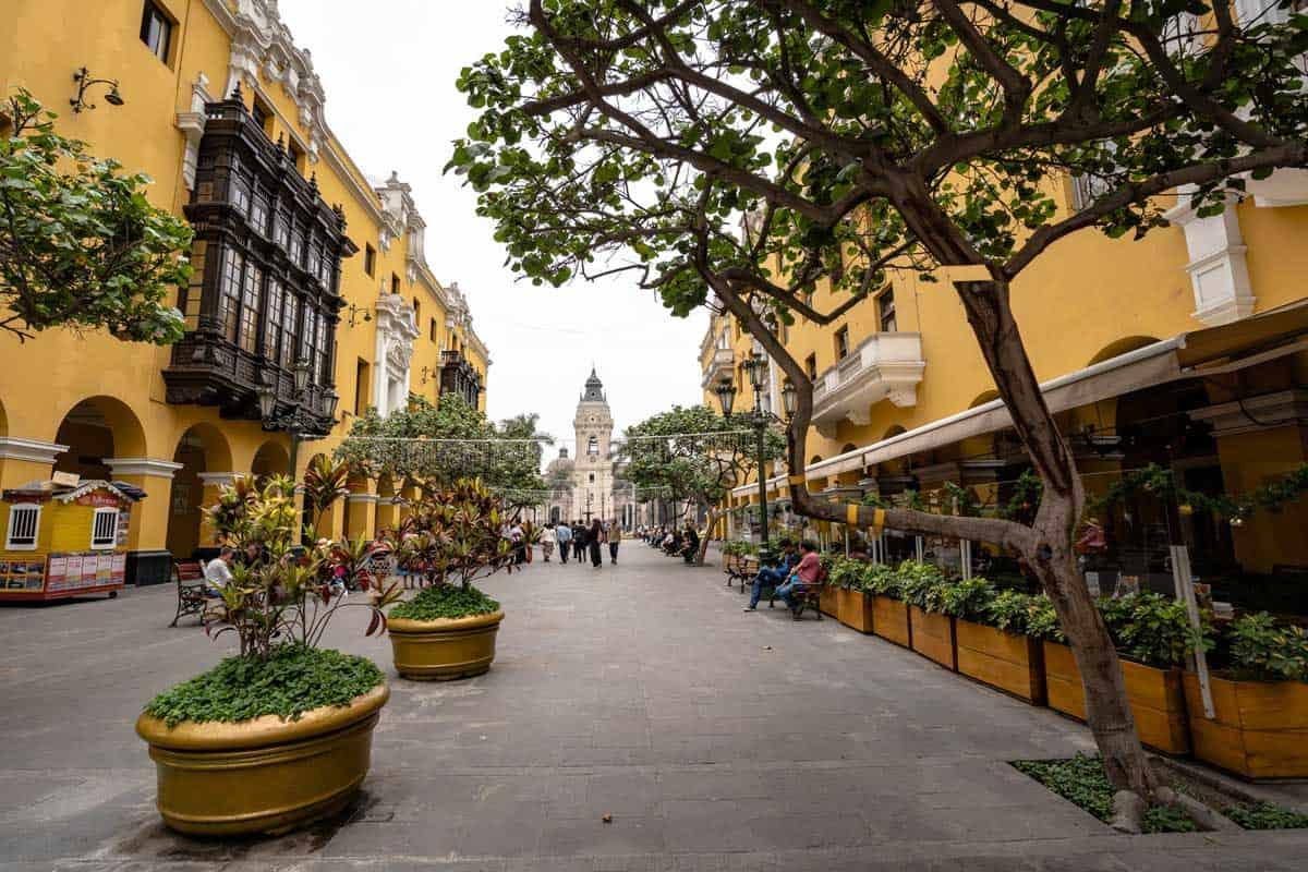 Walking Tour Lima