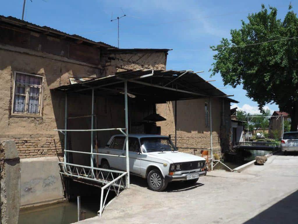 Kolkouz Canal Tashkent